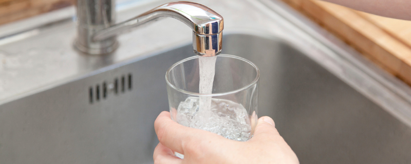 tap water contaminated with lead